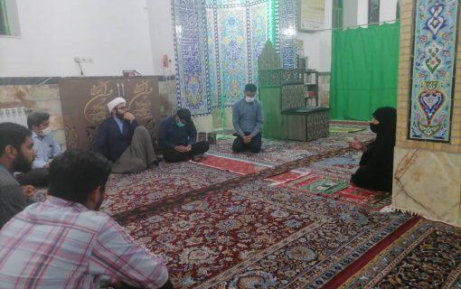 مشارکت فعال همسر امام؛ مهمترین رمز موفقیت در رفع مشکلات مردم