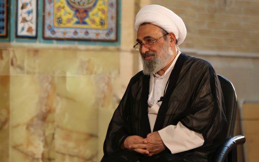 بیشتر ناهنجاریهای امروز مربوط به قشری است که با مسجد سروکار ندارد